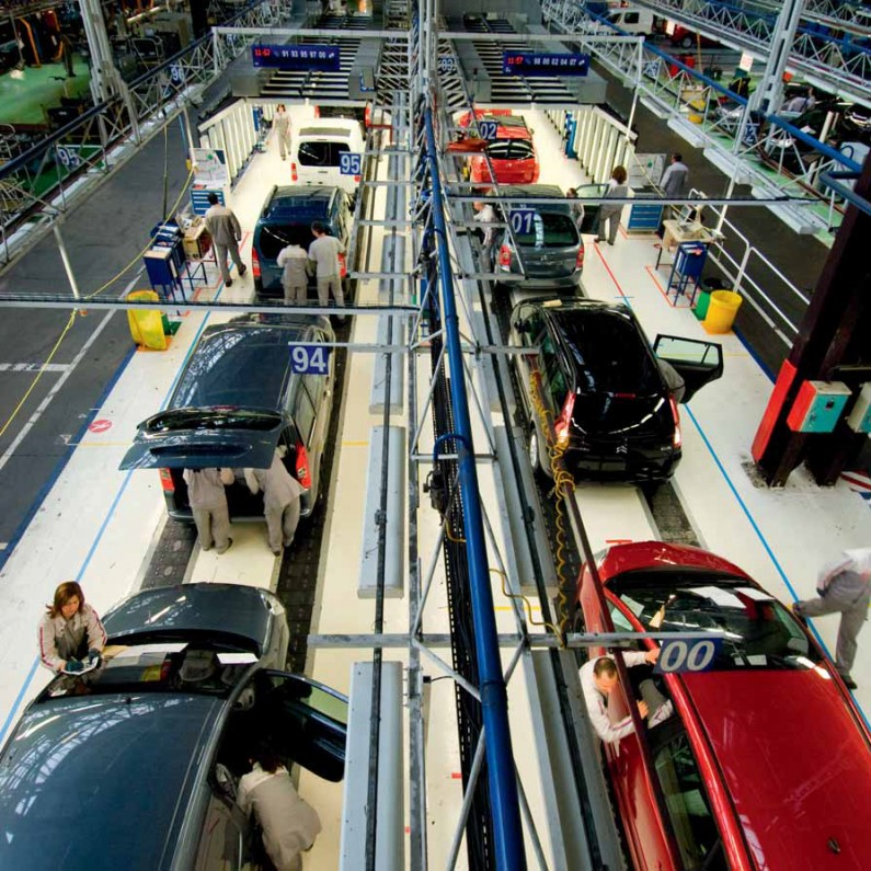 PSA Peugeot Citroën líder del sector para la agencia de valoración Vigeo