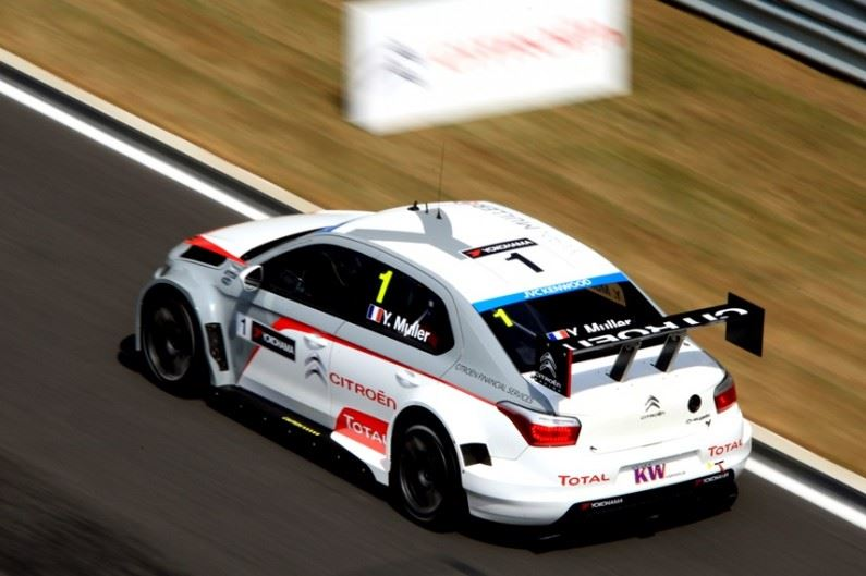 El futuro campeón del mundo WTCC a bordo de un Citroën C-Elysée