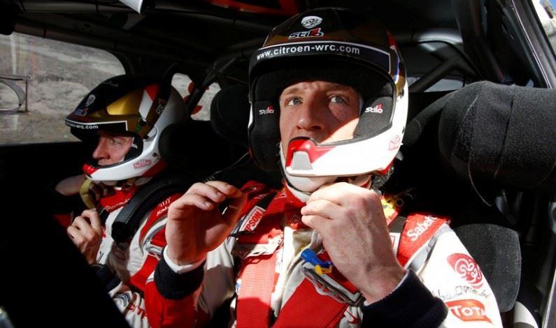 Kris Meeke a bordo de un DS3 WRC en 2015