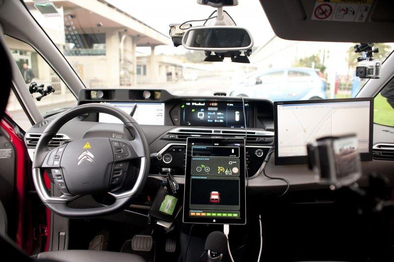 PSA crea un nuevo OpenLab de investigación sobre el coche del futuro en Marruecos