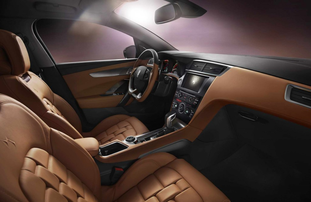 DS_6WR_interior