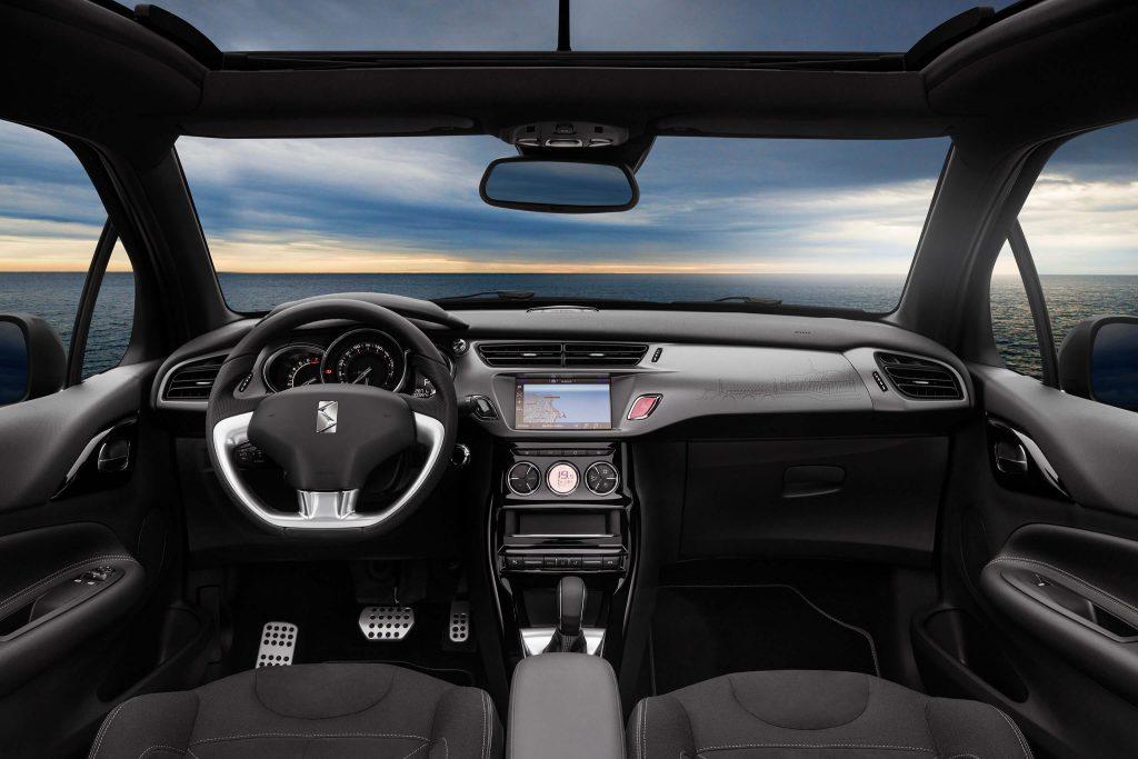 DS_3_Cabrio_interior
