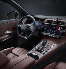 E-TENSE, tecnología híbrida para DS: 300cv y 60km de autonomía.