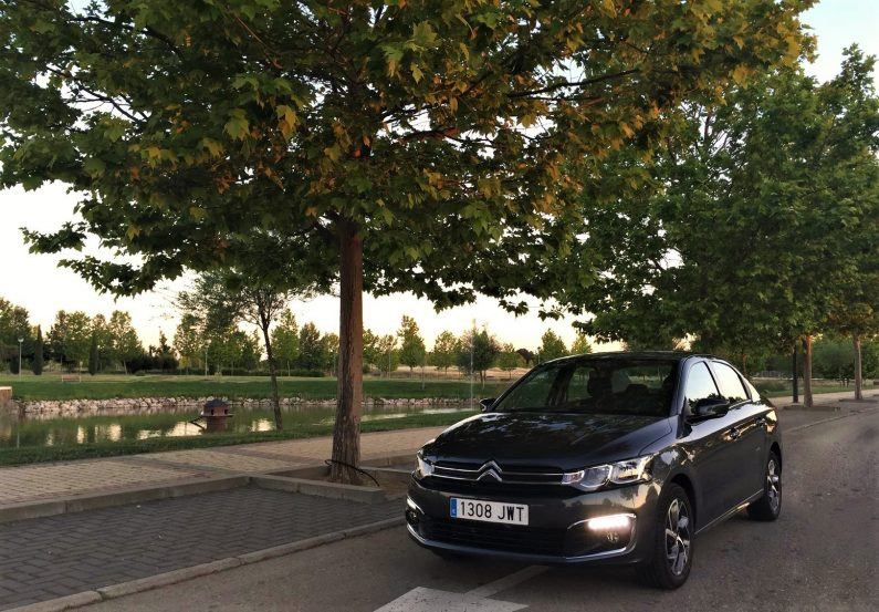 Prueba Citroën C-Elysée BlueHDi 100cv Shine