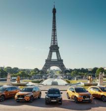 DS muestra su estilo en la  PARIS FASHION WEEK®