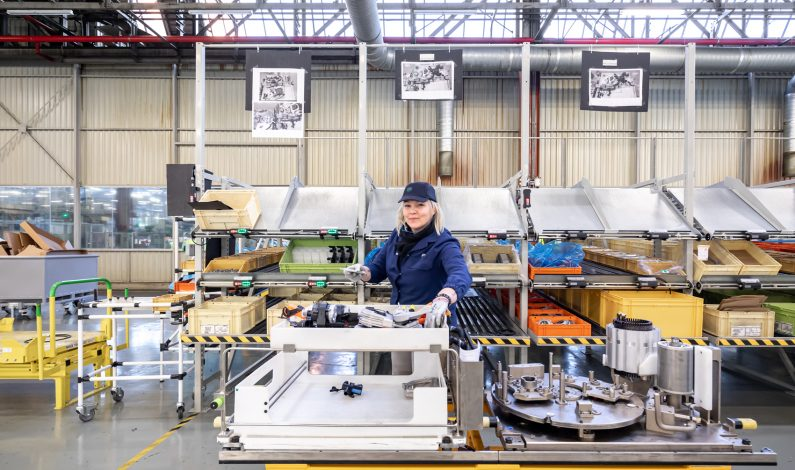 COVID-19: PSA cierra sus fábricas en Europa.